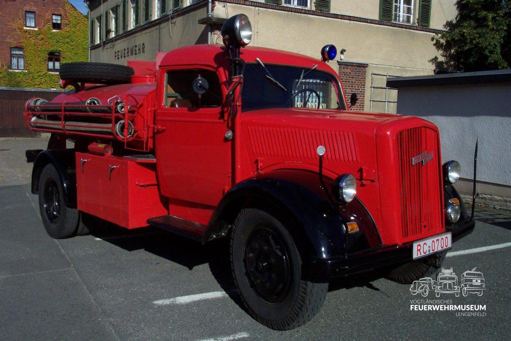 Opel TLF 15 1944